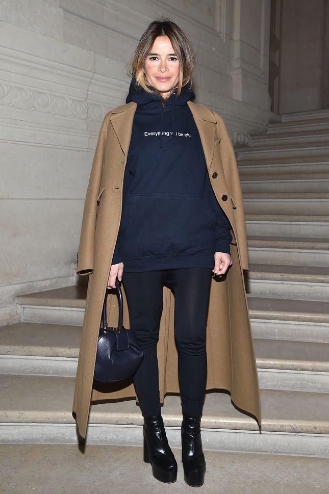 Miroslava Duma attends the Valentino Haute Couture Spring Summer 2017 show as part of Paris Fashion Week on January 25, 2017  Мирослава Дума на показе Valentino в Париже
