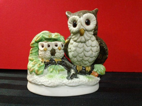 Vintage Ucgc Porcelain Mama Owl With Two Baby Owlets Figurine Etsy Baby Owlet Owl Pottery Owl