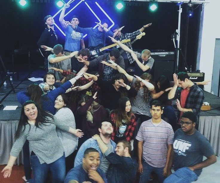 I had a pretty awesome weekend ministering with SALT Youth Ministries in Pittsburgh this week! I'm glad to be apart of this amazing team! - - - // #ministry #pa #uvf #saltyouthministry #college #dabbing #uniontown #pittsburgh //