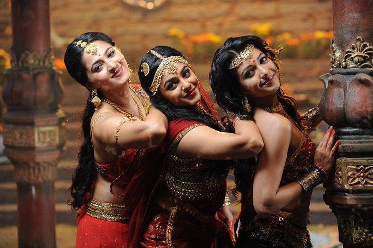 Rudhramadevi Movie Photos