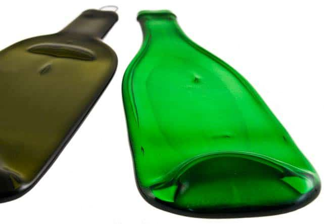 Die flache #flasche - Just Bottle #Notiz #Flasche - Just Bottle #Glasschale Grosse Welle #Glas #design #inspiration #designinspiration #designideas #kreativ #handgemacht #handmade #handcrafted #schweiz #zuhause  #style #trendy #interiordesign #interior #upcycling #recycling #geschenk #geschenkidee