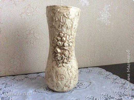 Здравствуйте, замечательные мастерицы и мастера!  Хочу показать вам свои самодельные вазы с имитацией старого камня, которые делаю для своих цветов из холодного фарфора. фото 1