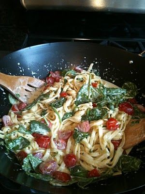 Vapiano's Pesto e Spinaci at Home...made this over the weekend it was DELICIOUS.
