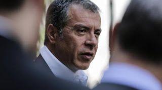 En Arxikos Politis: Θεοδωράκης: Ο Τσίπρας στρέφει τους ψηφοφόρους στα ...