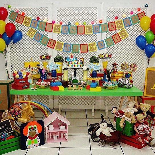Festa linda, do estilo que gosto, com tema Brinquedos Antigos! Por @lapartiefestasedetalhes  #kikidsparty