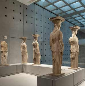 The Caryatids from the Erechtheion at #Acropolis New Museum (2009). The museum holds more than 4,000 artifacts, including five of the six original caryatids returned by Britain, but its crown glory is the Parthenon Gallery, overlooking the temple itself and housing the Parthenon frieze, with temporary replicas filling in the still-missing metopes.