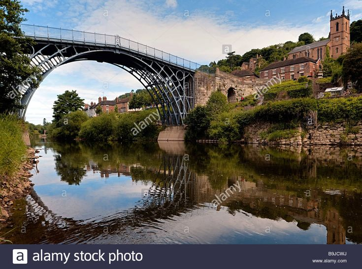 Ironbridge crossing the river Severn, first iron bridge worldwide, built by Abraham Darby in 1779, in Telford, Shropshire, Engl Stock Photo