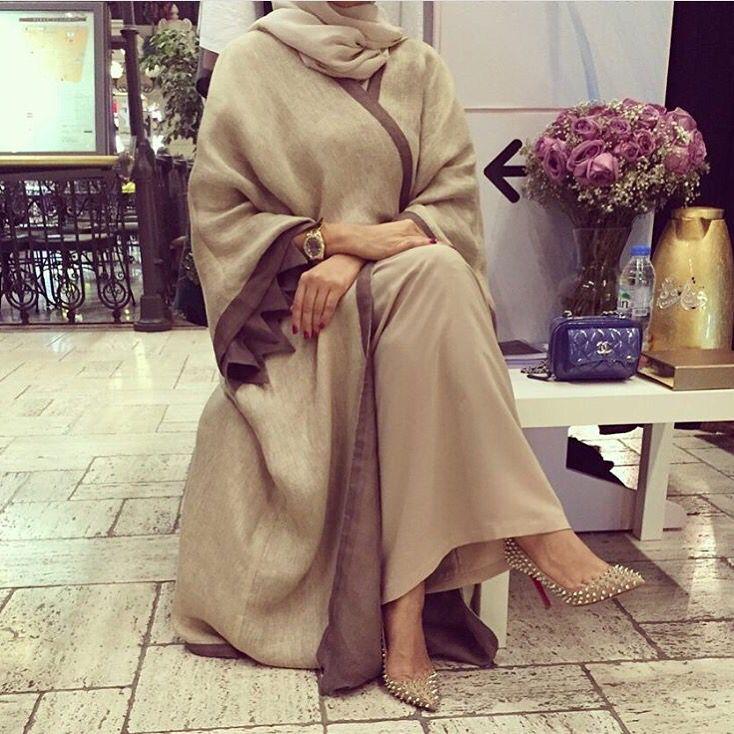 IG: SisCollection || Abaya Fashion || IG: Beautiifulinblack