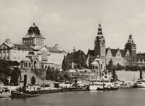stettin germany | Stettin. Blick auf Hakenterrasse, Museum und Regierungsgebäude