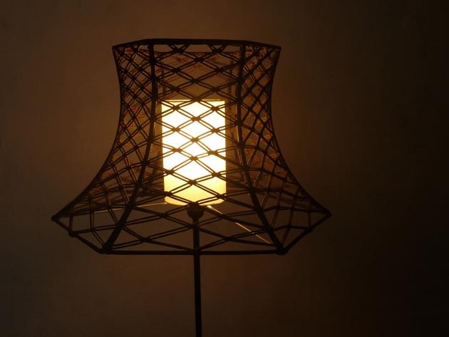 knotty Napoleon lamp shade