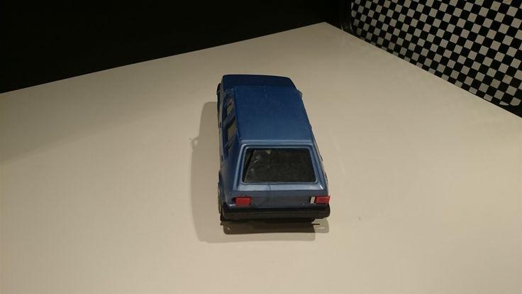 Volkswgen GOLF plast MADE IN FINLAND blå ca 18,5 cm lite Defekt. på