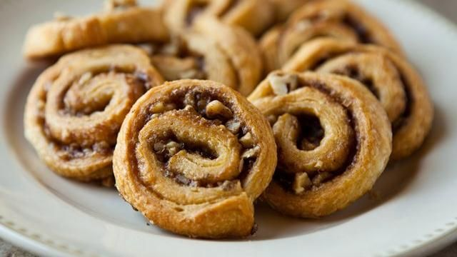 Cinnamon-Pecan Pinwheels Blogger Angie McGowan of a href=http://www.eclecticrecipes.com target=_blank Eclectic Recipes/a shares a fun sweet pinwheel recipe.
