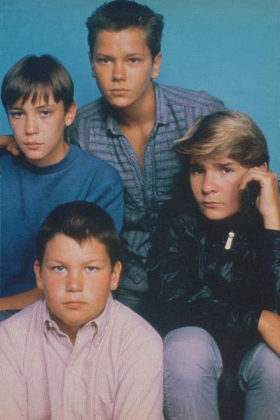 This is one of my all time facorites!! Stand By Me, 1986. Corey Feldman, River Phoenix, Will Wheaton, Jerry O'Connell