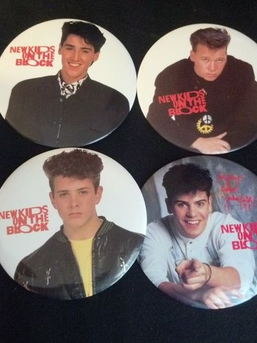 Haf one of these!!!NEW KIDS ON THE BLOCK PINS - JOE, JONATHAN, DONNIE & JORDAN - 1989
