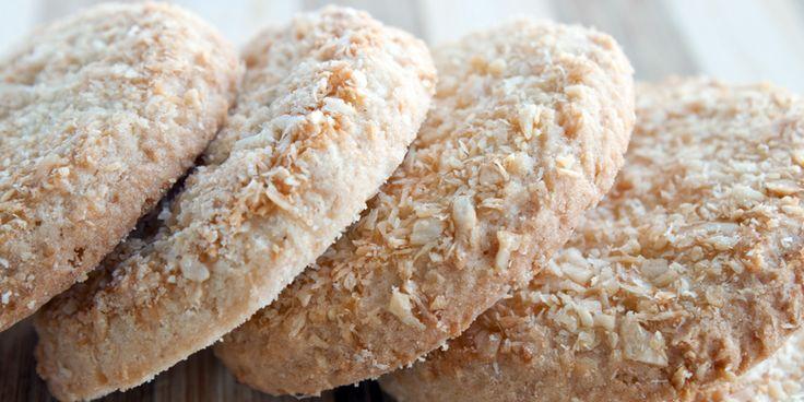 Biscuiti de casa cu nuca de cocos din Carte de bucate, Dulciuri. Specific Romania. Cum sa faci Biscuiti de casa cu nuca de cocos