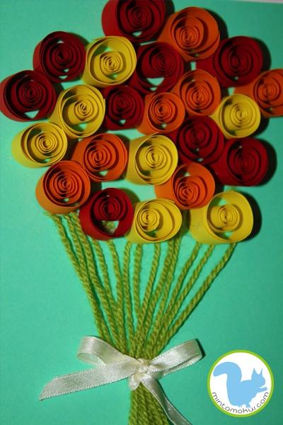 Rolled paper roses voor moederdag.