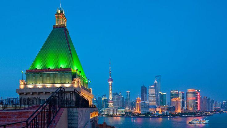 S6E10 Pit Stop: Fairmont Peace Hotel, Shanghai