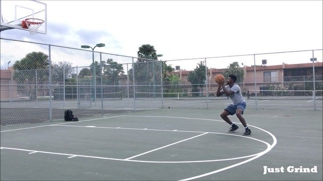 Happy Thanksgiving! I'm thankful for everything the good and the bad. This is a slight freestyle from earlier. Let me know what you're thankful for in the comments -------------------------------------      #Basketball #Ballislife #Bball #BasketballNeverStops #GSW #JohnWall #KyrieIrving #MiamiHeat #Wizards #Workout  #LonzoBall #Melo #Lakers #Warriors #Cavs #Sixers #OKC #RussellWestbrook #LebronJames #OKCThunder #Rockets #Celtics #Spurs #HappyThanksgiving #KevinDurant #JamesHarden…