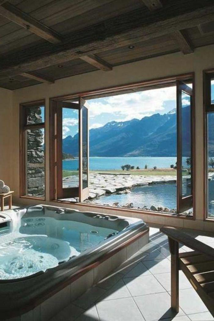 Awesome salle de bain de luxe avec jacuzzi gallery for Chambre avec jacuzzi privatif normandie