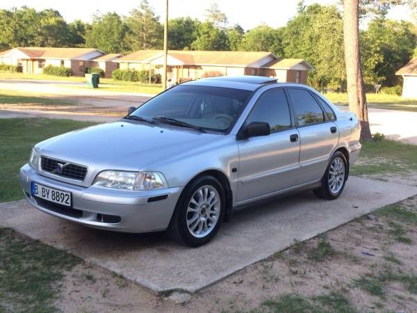 Used 2004 Volvo S40 for Sale ($6,000) at Tallahassee, FL. Contact: 850-694-6720. (Car Id: 57258)