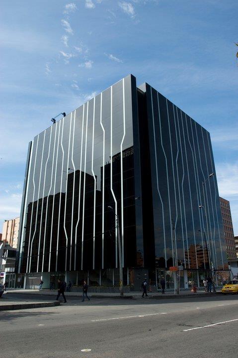 Edificio Ayasha, Bogotá, por Metropolis, presentado por José Orrego en WOF Lima 2012