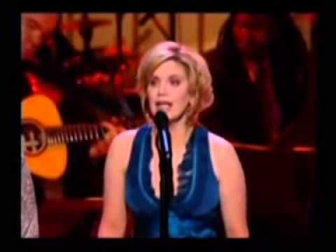 Jolene by Alison Krauss, Suzanne Cox and Cheryl White (at Kennedy Center Honors for Dolly Parton) - YouTube