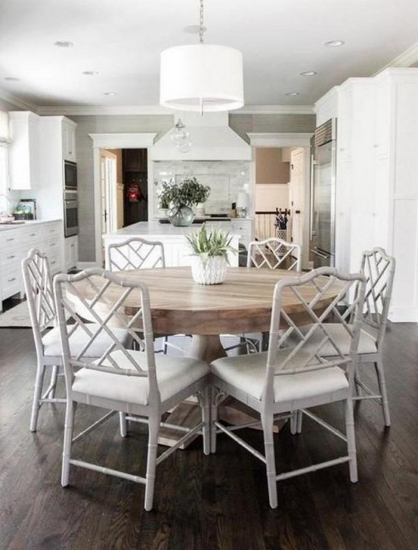 Why A Round Dining Table Is A Great Choice Coastal Farmhouse Round Dining Room Round Dining Table Luxury Dining Room