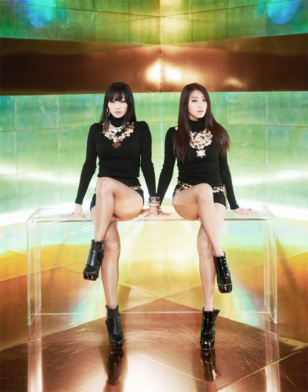 "SISTAR19′s ""Gone Not Around Any Longer"" tops Billboard's 'K-pop Hot 100′ for 2nd consecutive week"