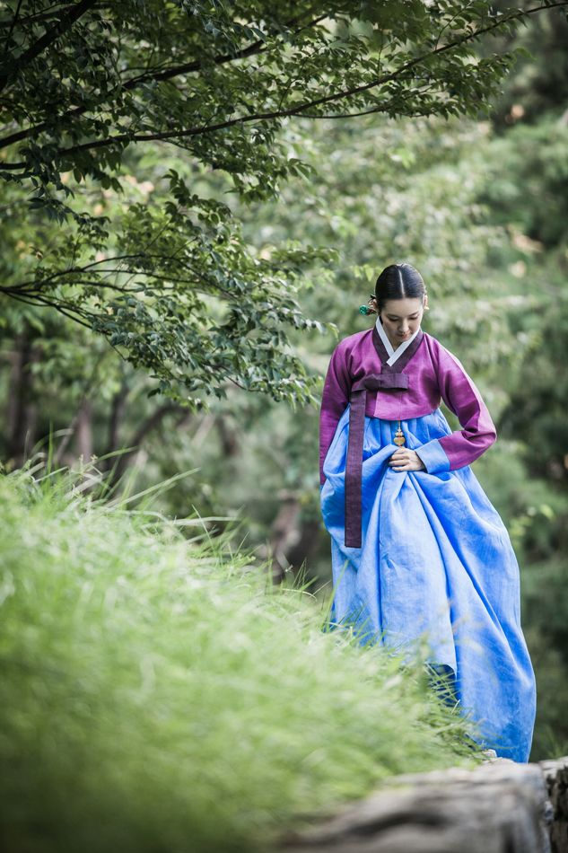 Traditional Korean attire