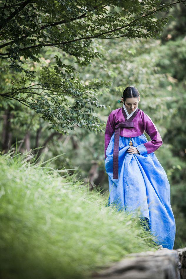 Traditional Korean attire