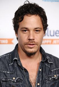 Michael Raymond-James possibly being casted for #onceuponatime Loved him as Renee on True Blood. Dont know if I'll like him w/o the Cajun accent.