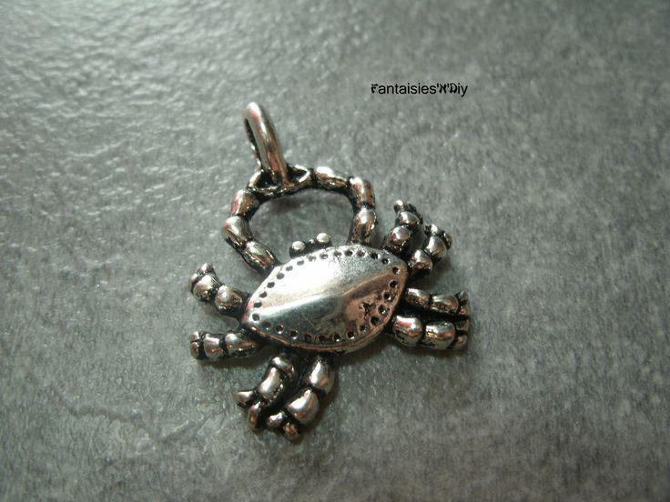 (BA8) Breloque gros crabe en métal argenté 24mm : Animaux par fantaisies-n-diy