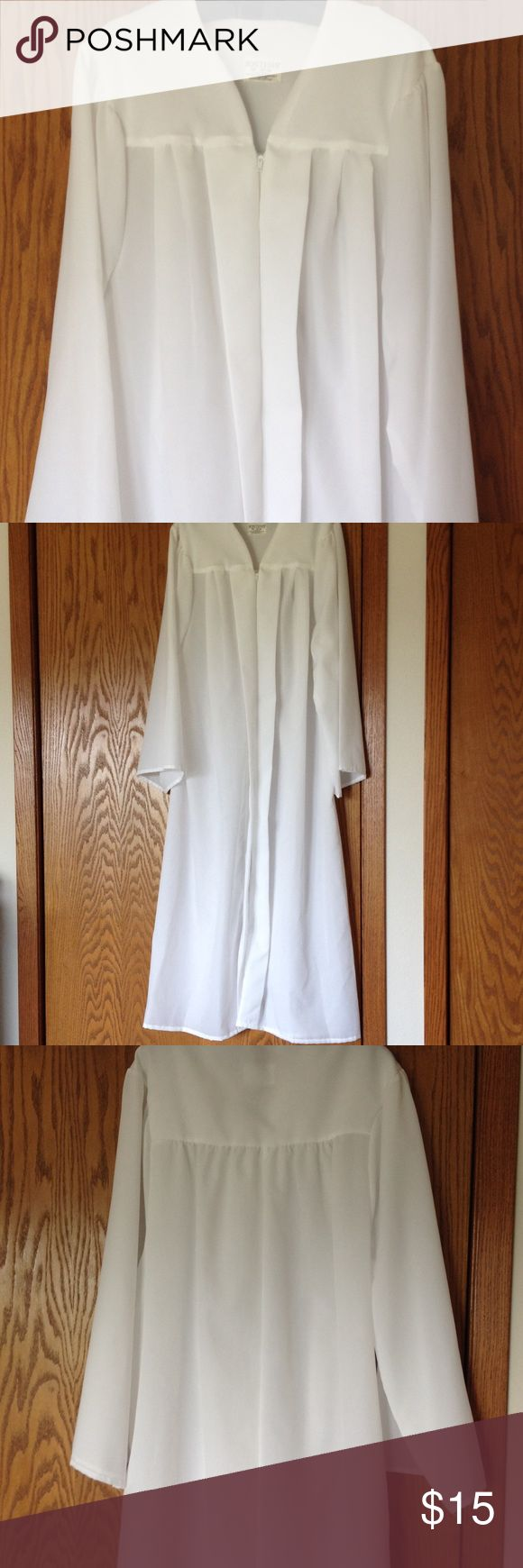 """White Jostens graduation gown and hat Size for 6' 01"""" - 6' 03"""". Cap and collar included. Josten Other"""