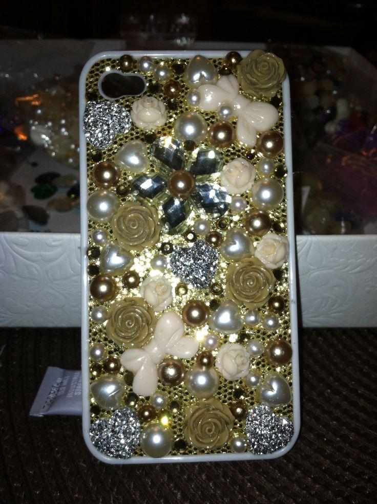 Light brown phone case DIY
