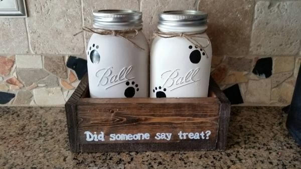 Super cute treat holder for pets! I can attach chalkboard labels, put your pups' names on the jars, or personalize the box. The jars can be done in any color combo as well! All jars are sprayed with p