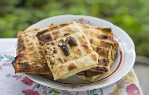 Закуски для пикника: топ - 3 рецепта из лаваша на мангале на любой вкус. | Шедевры кулинарии