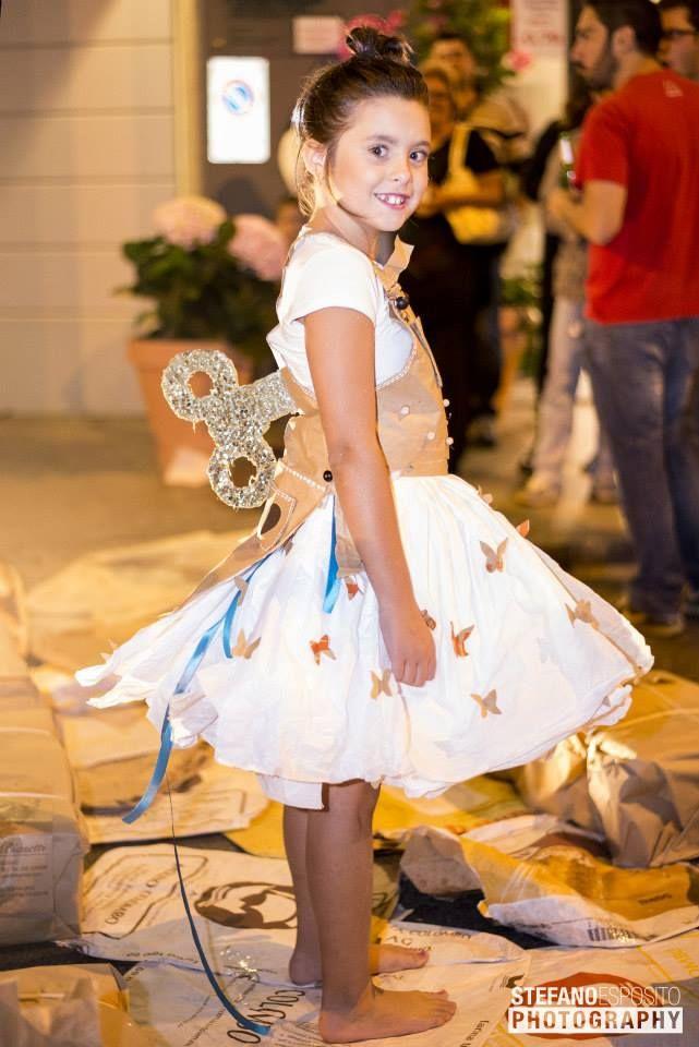 """Abito di carta """" la principessina di Clo'eT""""  info@cloet.it"""