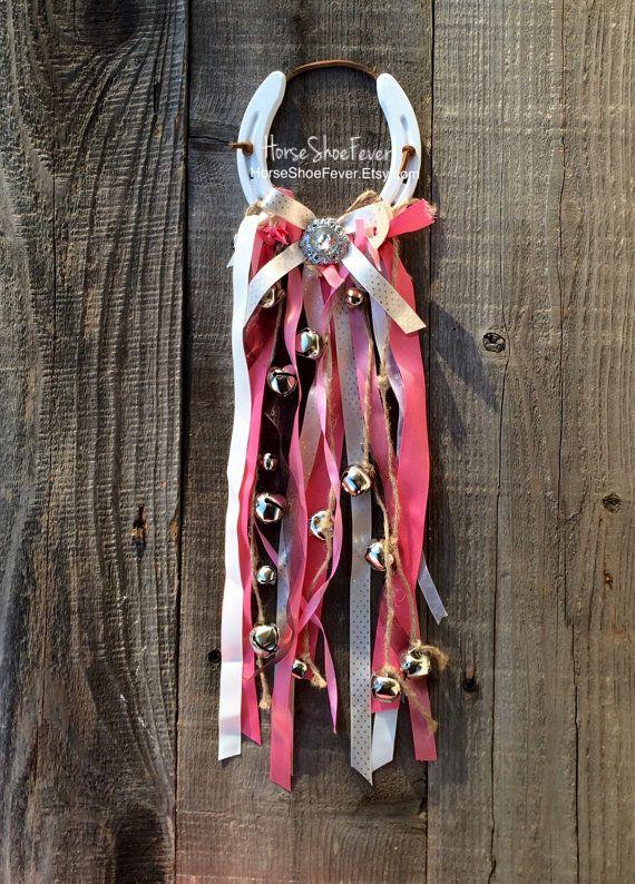 Décorations de Noël. Décor rustique. Décor de cheval. Décor de campagne. Décor de fer à cheval. Boho Chic. Jingle Bells. ©-Western Home Decor.