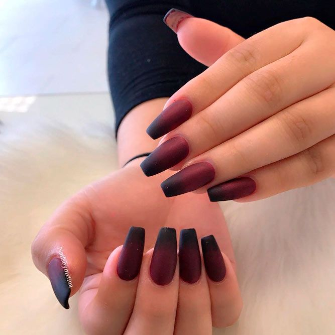 Magnetic And Trendy Burgundy Nails Ideas Naildesignsjournal Com In 2020 Burgundy Nails Ombre Nails Burgundy Nail Designs