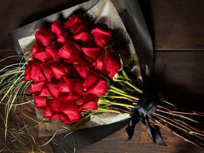 Ramo de rosas rojas on 1001 Consejos  http://www.1001consejos.com/social-gallery/ramo-de-rosas-rojas