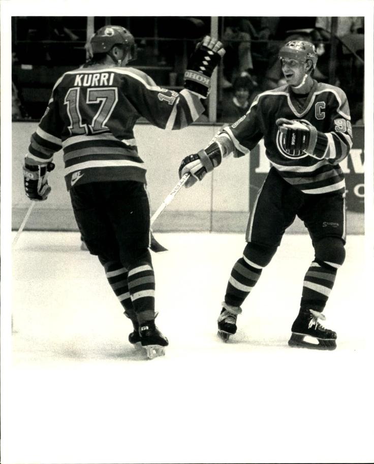 Wayne Gretzky and Jari Kurri | Edmonton Oilers | NHL | Hockey