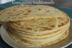 Bonjour!! J'espère que vous avez passé de bonnes fêtes de Pâques!! Aujourd'hui,je vous propose une recette traditionnelle de galette de pain que nous apprécions beaucoup à la maison!! La Kesra cette délicieuse galette au bon goût de semoule,certains y...