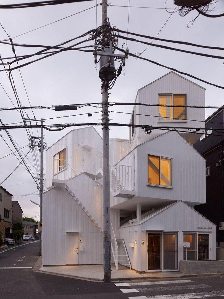 Sou Fujimoto Architects a conçu un bâtiment de quatre unités de vie à Tokyo, Japon.