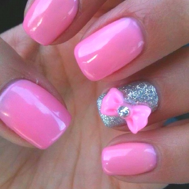Pink and Silver Bow Nail Design | Nails