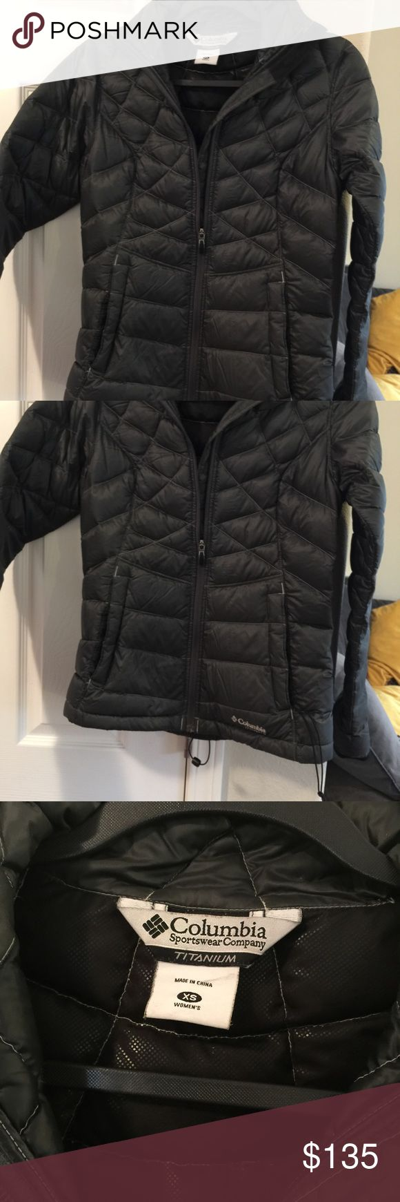 Black puffy packable jacket Columbia XS Columbia Titanium is down filled Lightweight beautiful jacket Size XS $220 Columbia Jackets & Coats Puffers