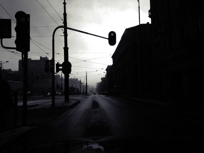 West Street at misty cold winter morning. #Lodz #iPhonegraphy
