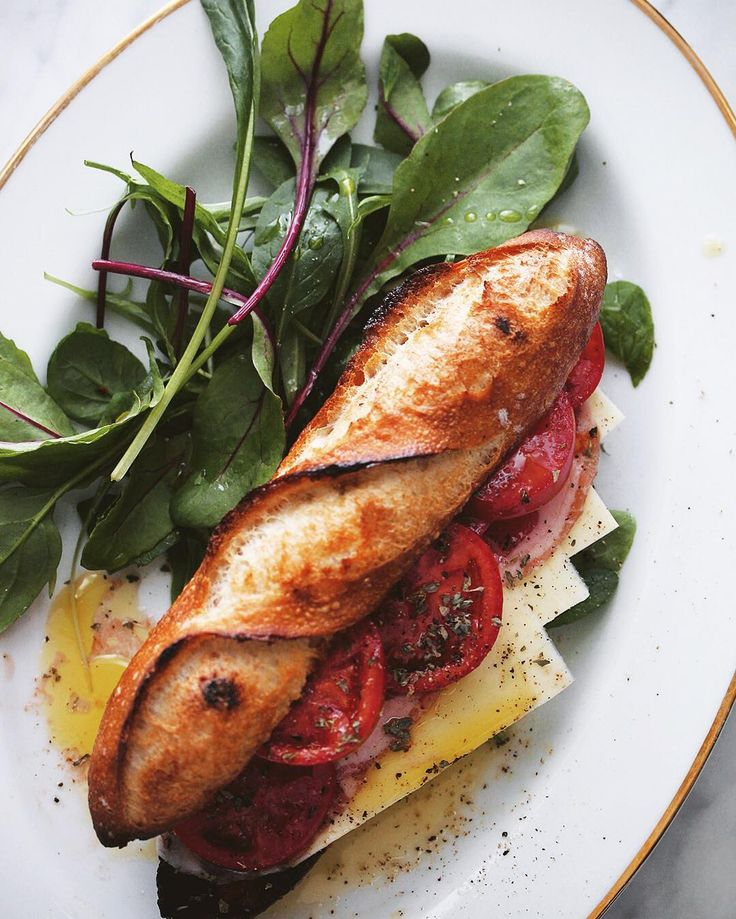 "7,725 Likes, 23 Comments - Masaki Higuchi (@higuccini) on Instagram: ""Baguette Sandwich . 今朝は小さめのバゲットにトマト、チーズ、ハム😋 一部、焼き直して激しくコゲあり😅 . #baguette #sandwich…"""