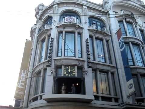 Porto - Portugal - Relógio das GaleriasPalladium - YouTube
