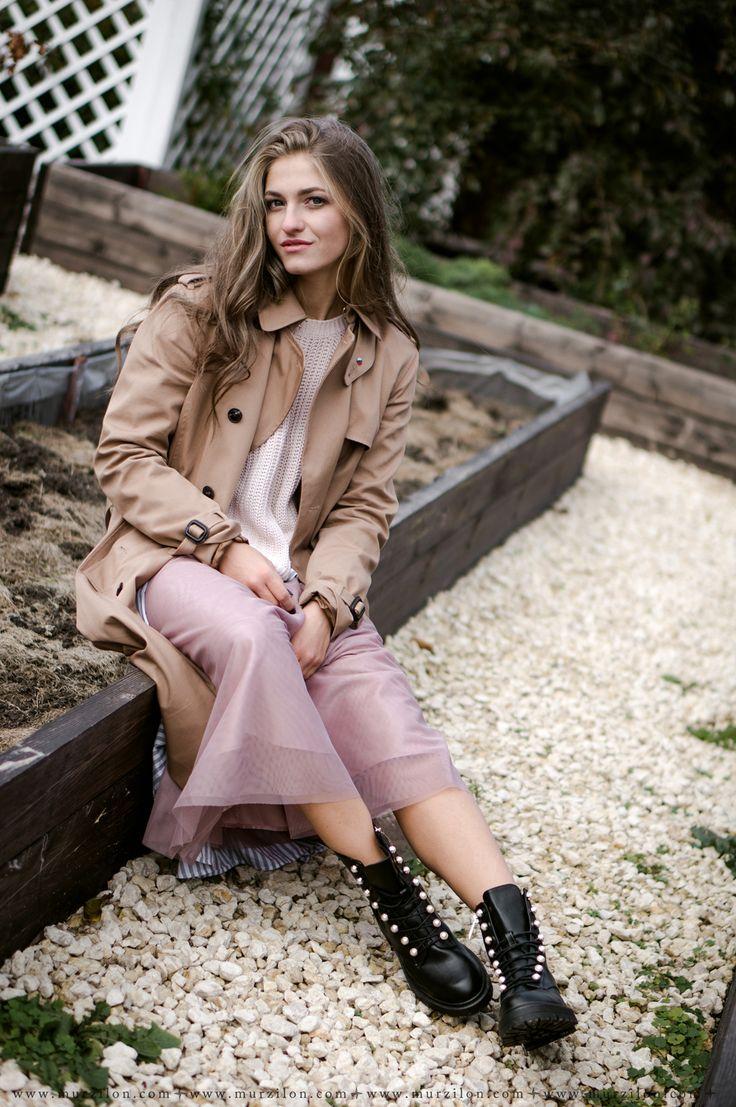 Murzilon: Let's go to the garden!   Beautiful gardener.   #autumn#garder#style#OUTFIT#massimoduti#trenchcoat#tulleskirt#stradivarius#boots#