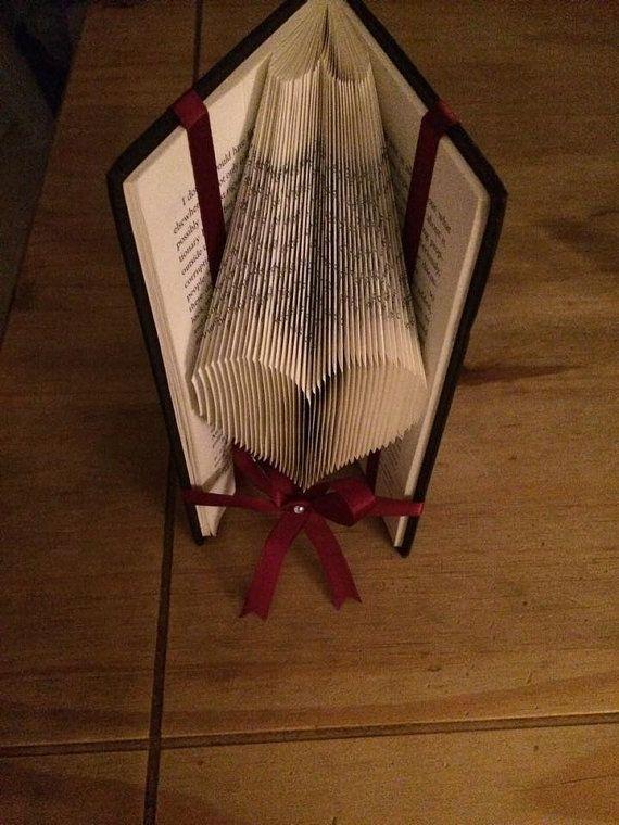 Anfänger-Buch Falten Muster für ein Herz von BookFoldingForever
